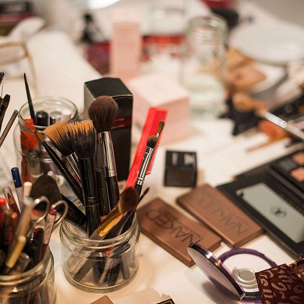YOU School of Makeup: Makeup Masterclass with Accreditation
